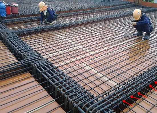 Đổ bê tông bằng lưới thép hàn