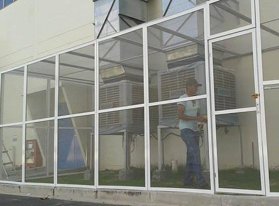 Lưới trống muỗi trong nhà xưởng